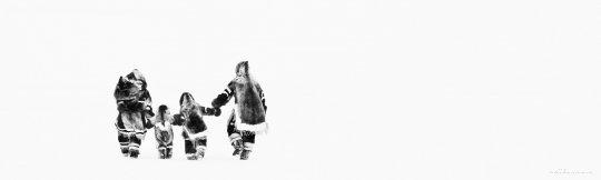 David Yarrow - Inuit Family